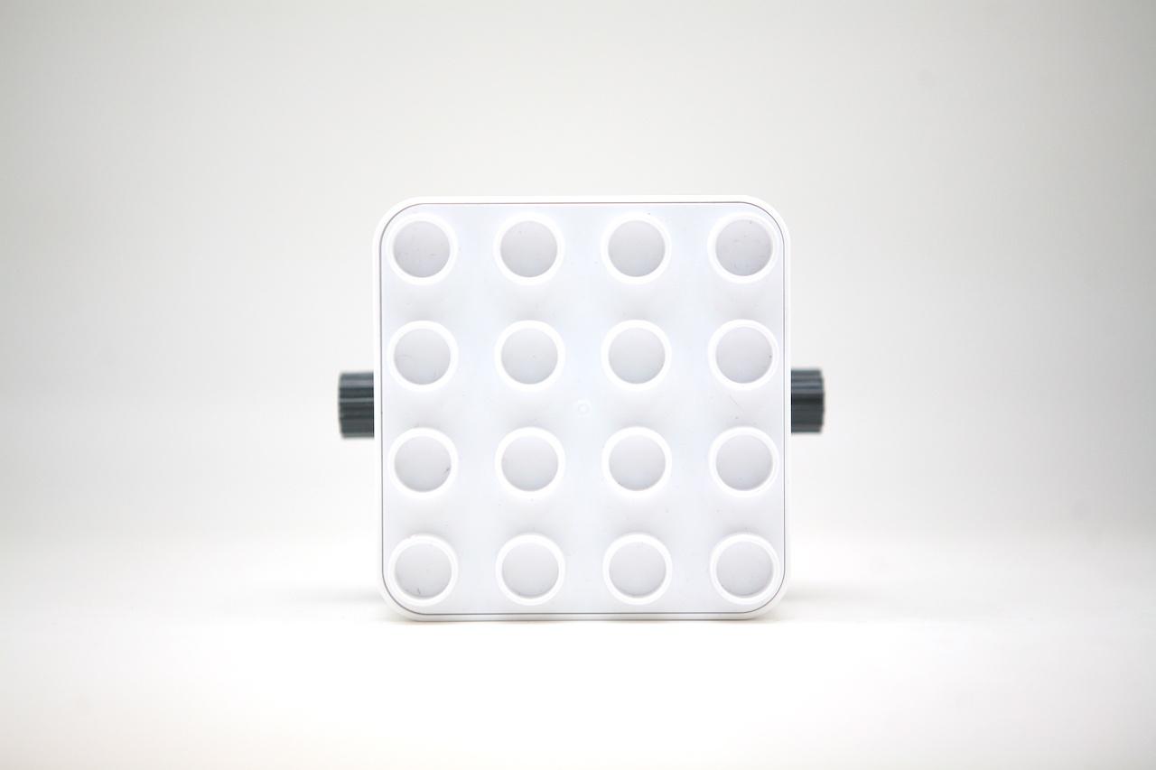 Botzees — робот-конструктор для самых маленьких с дополненной реальностью и добрыми глазами - 7
