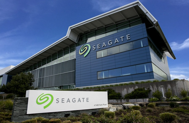 Доход Seagate в минувшем квартале составил 2,7 млрд долларов