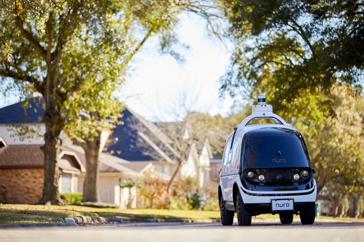 На дорогах США разрешено тестировать первую машину без средств управления водителем