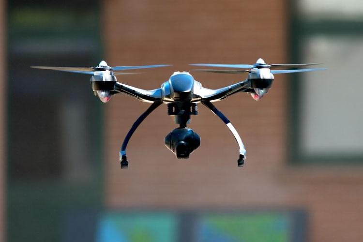 Для ориентации в помещениях дроны обучат эхолокации