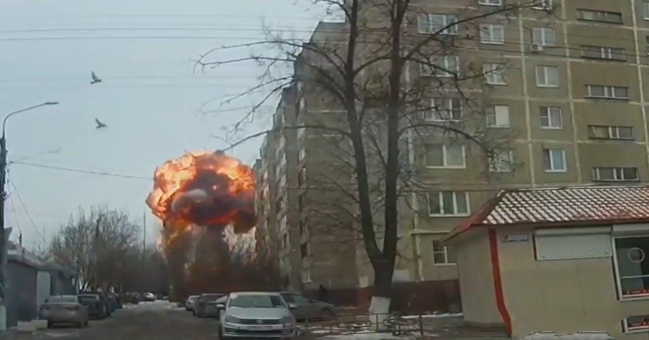 Взрыв на подстанции в Подольске попал на видео