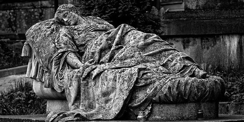 Когда смерть превращается в искусство: эпитафии известных людей с глубоким смыслом на английском - 1