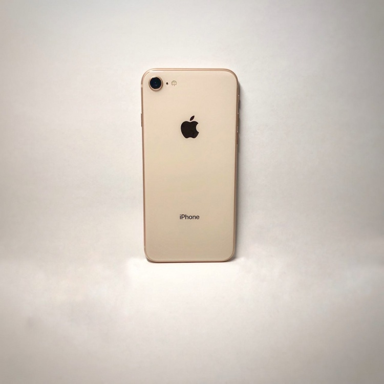 iPhone SE 2 получит безрамочный дисплей и Face ID?