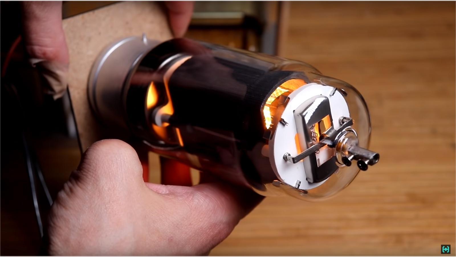 Ламповая катушка Теслы - 10