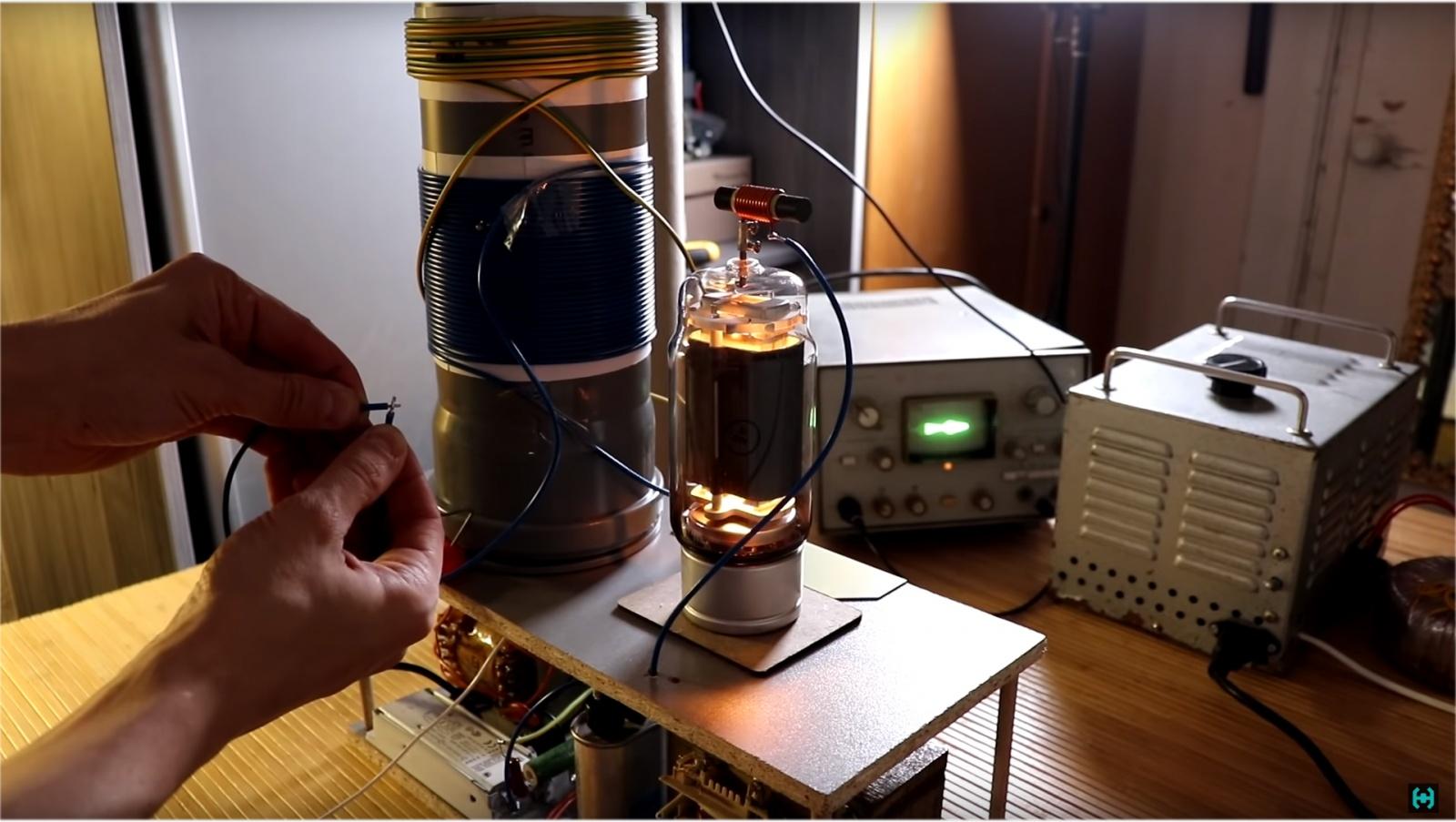Ламповая катушка Теслы - 16