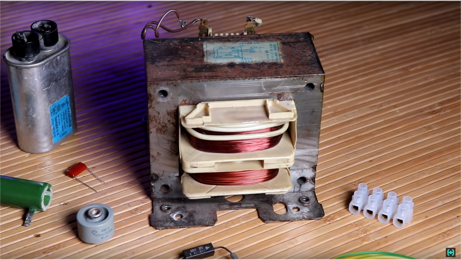 Ламповая катушка Теслы - 5
