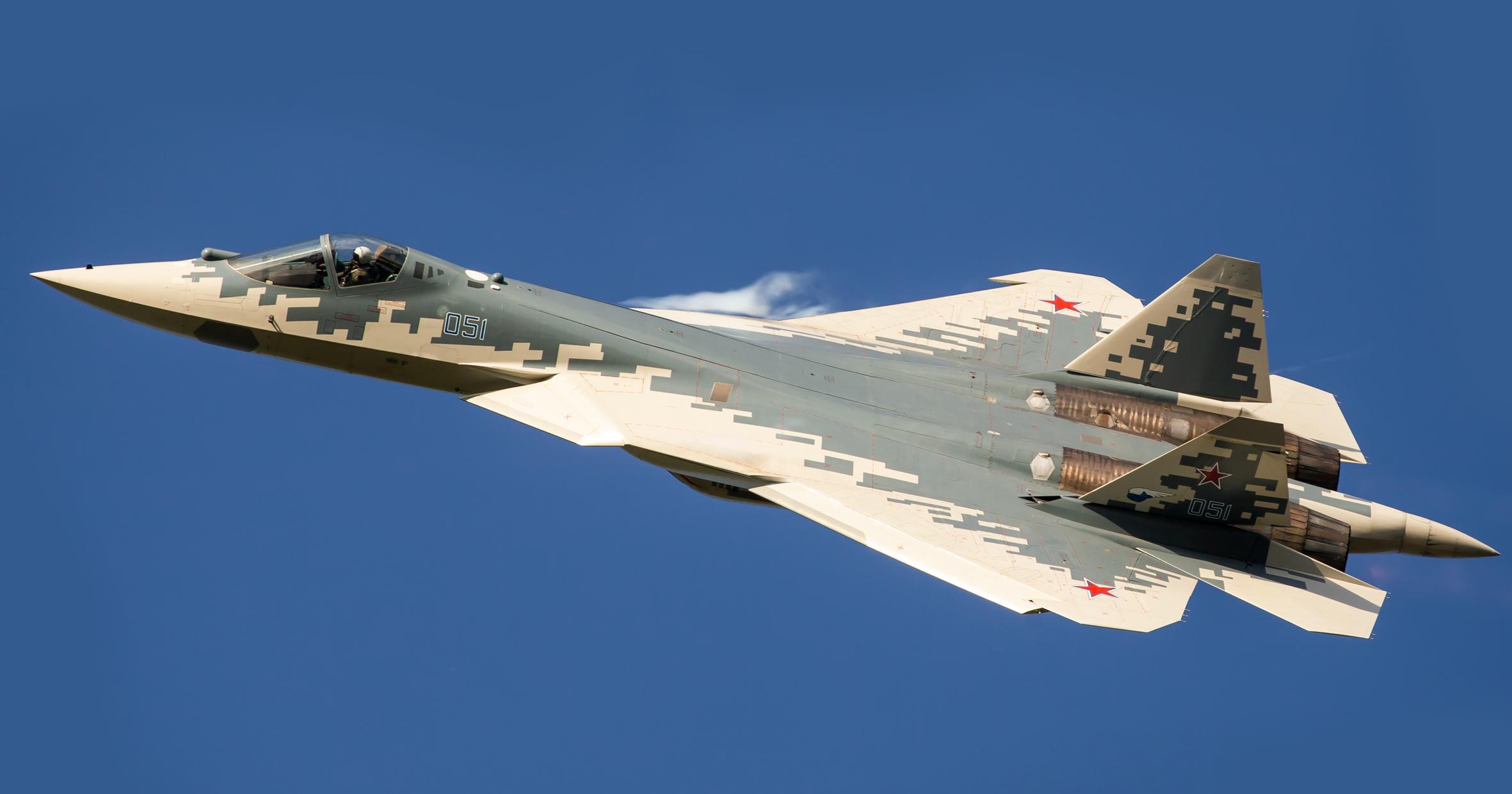 В новый Су-57 не помещаются ракеты