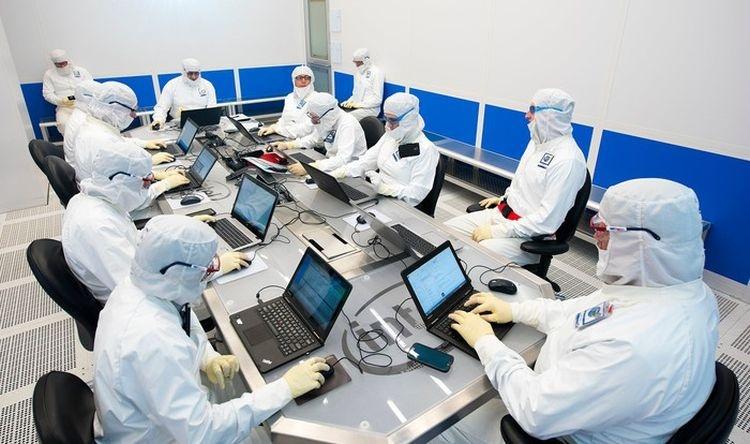 Вспышка коронавируса может помочь Intel в борьбе с AMD