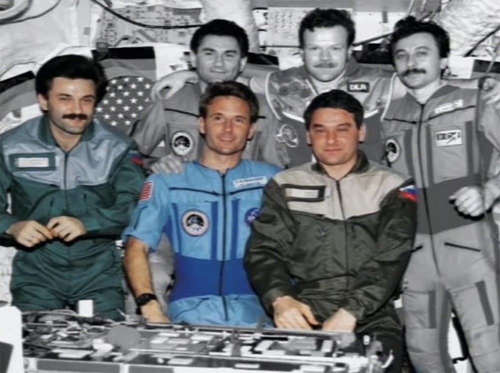 Как мы потеряли «Мир»: пожар на космической станции, столкновение с грузовиком «Прогресс», разгерметизация - 2