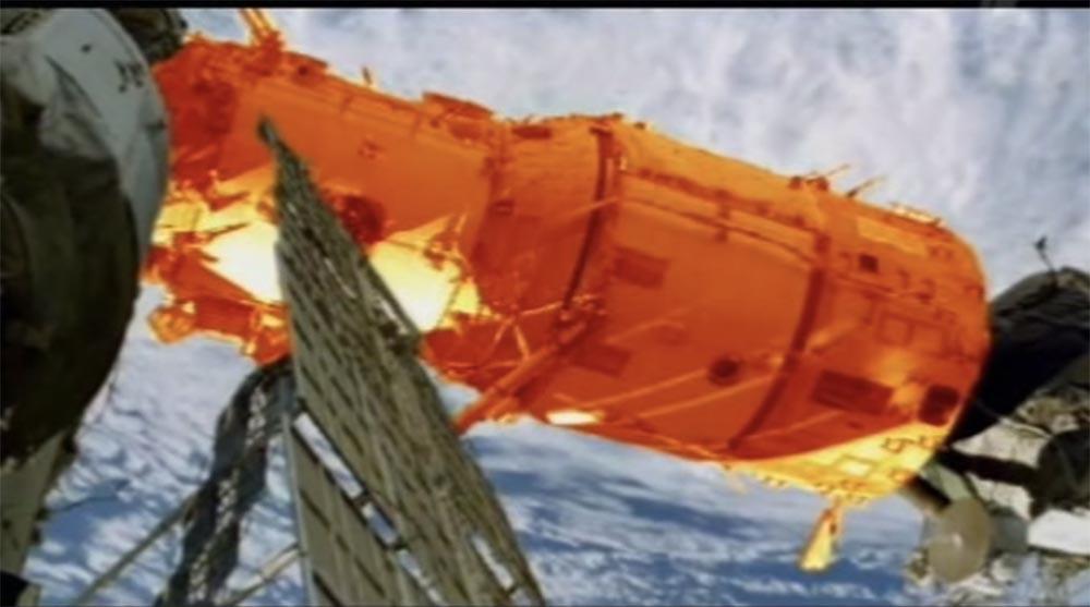 Как мы потеряли «Мир»: пожар на космической станции, столкновение с грузовиком «Прогресс», разгерметизация - 27
