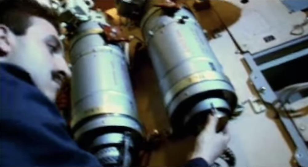 Как мы потеряли «Мир»: пожар на космической станции, столкновение с грузовиком «Прогресс», разгерметизация - 4