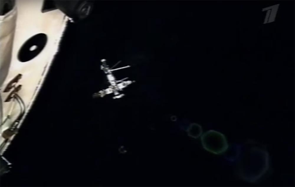 Как мы потеряли «Мир»: пожар на космической станции, столкновение с грузовиком «Прогресс», разгерметизация - 40