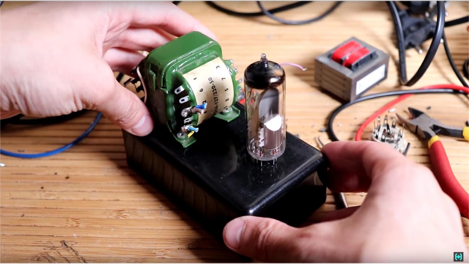 Визуализация звука на старинных лампах - 11