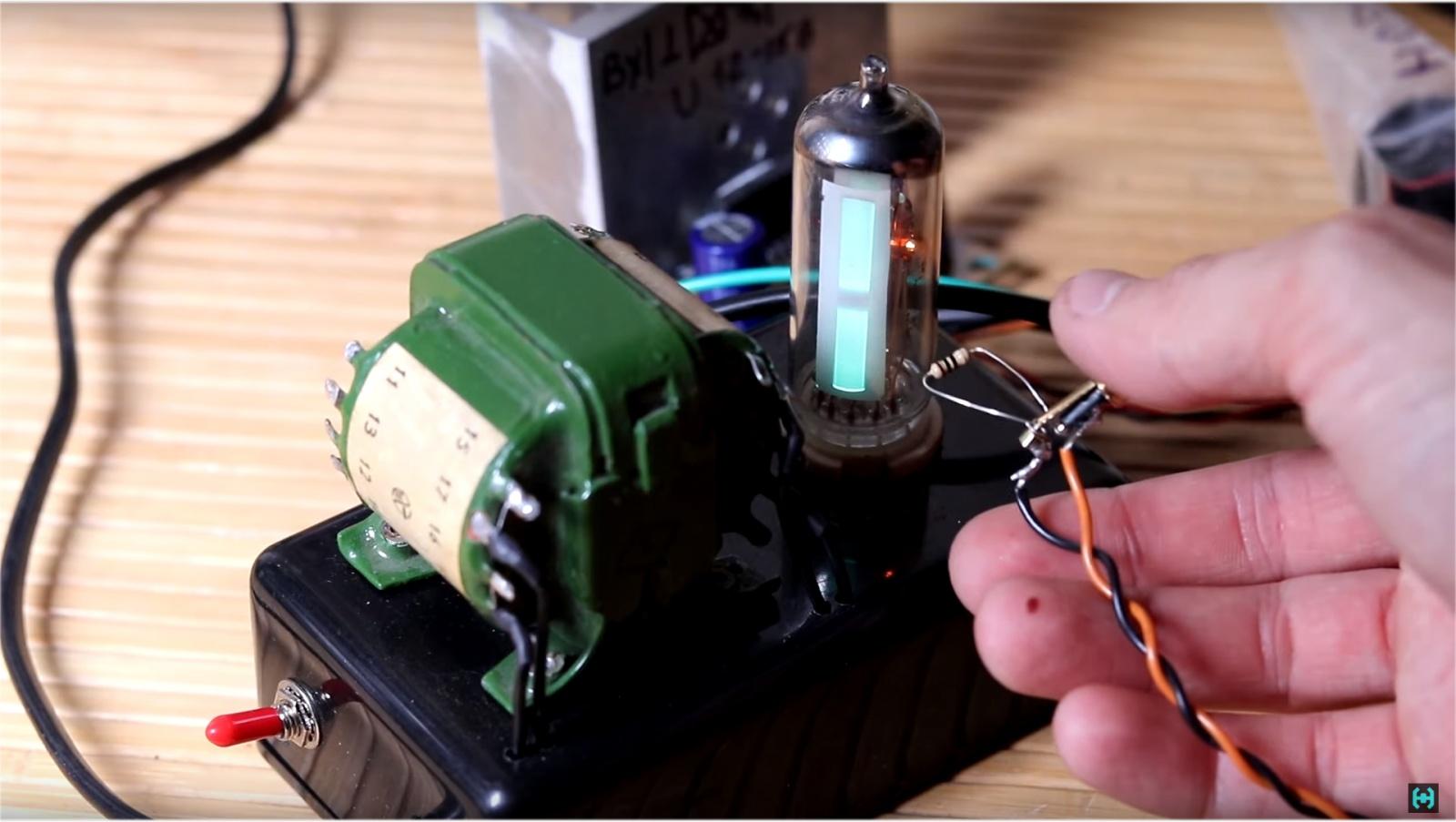 Визуализация звука на старинных лампах - 18