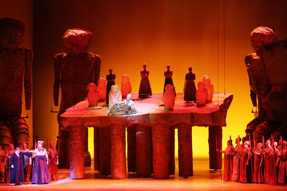 Декорации к опере Гибель богов
