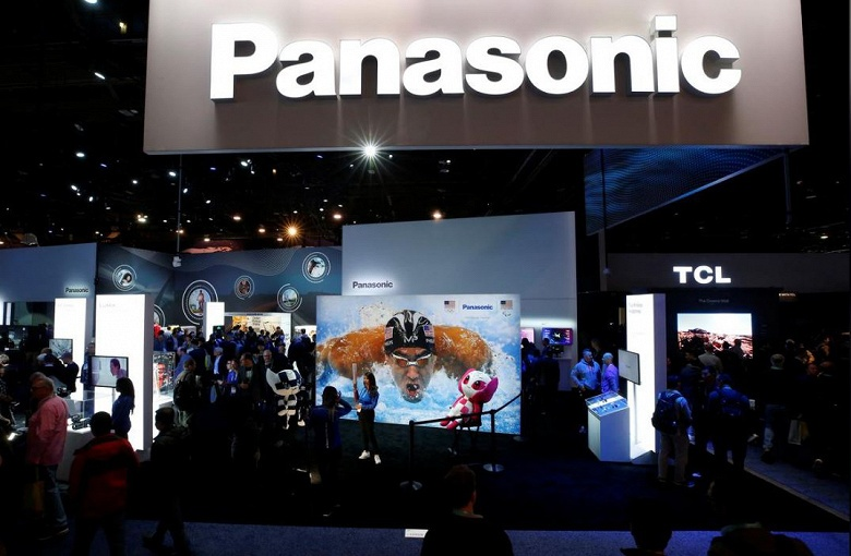Panasonic планирует отказаться от выпуска солнечных батарей на заводе Tesla