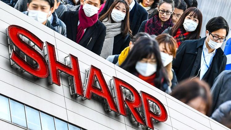 Sharp в «чистой комнате» для производства дисплеев начнёт выпускать медицинские маски