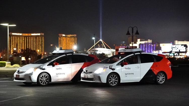 «Яндекс.Такси» внедряет рейтинг пассажиров