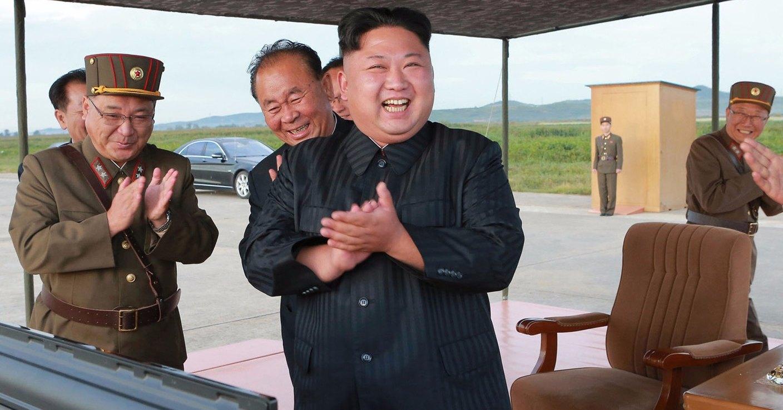 Северная Корея запустила неопознанные ракеты