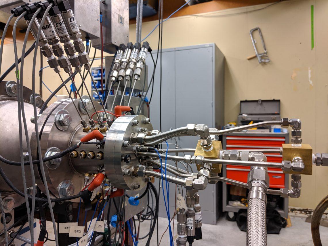 Математика в космонавтике: ротационный детонационный двигатель - 1