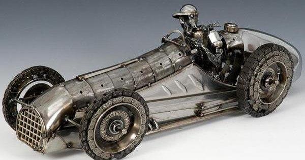 Брошенные машины Джеймса Корбетта: cкульптуры из автохлама