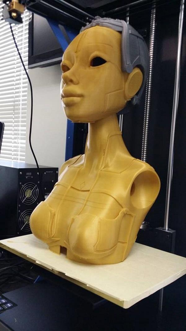 Роботика — 3D-печатная кукла ростом с человека - 11