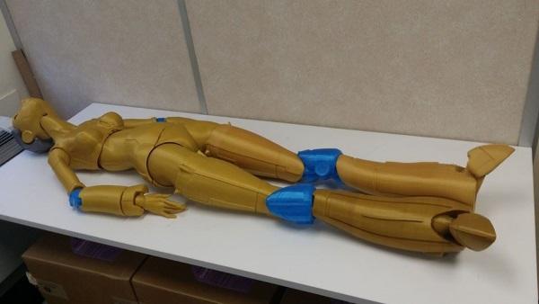 Роботика — 3D-печатная кукла ростом с человека - 7