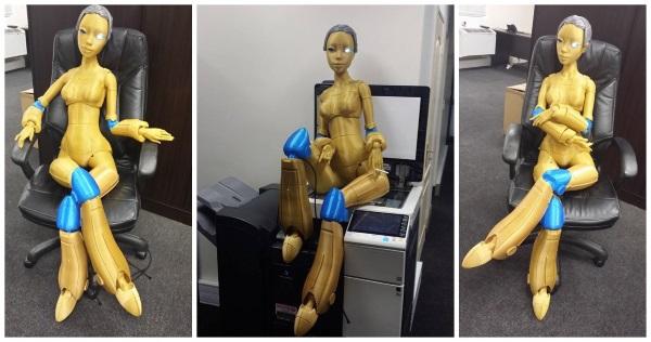 Роботика — 3D-печатная кукла ростом с человека - 1