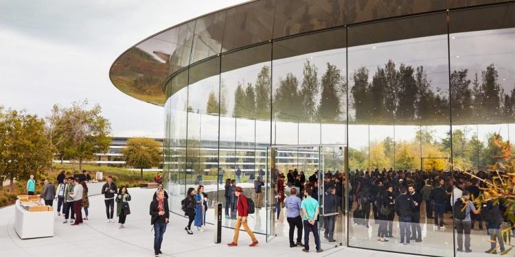 Власти Санта-Клары просят Apple, Google и другие компании избегать поездок и отменить крупные мероприятия