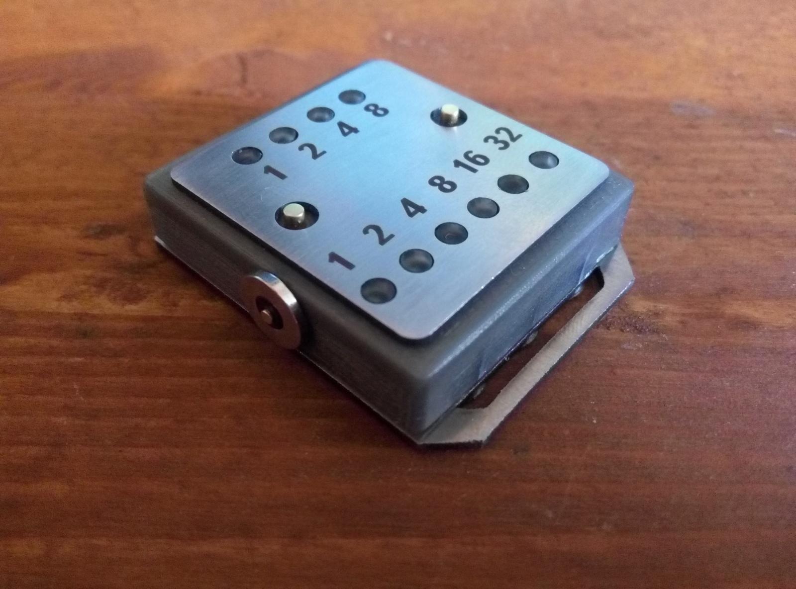 Бинарные часы «Cyber Watch» - 10