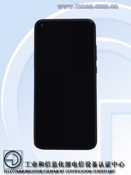 Новый Honor впервые позирует вживую. Опубликованы характеристики смартфона