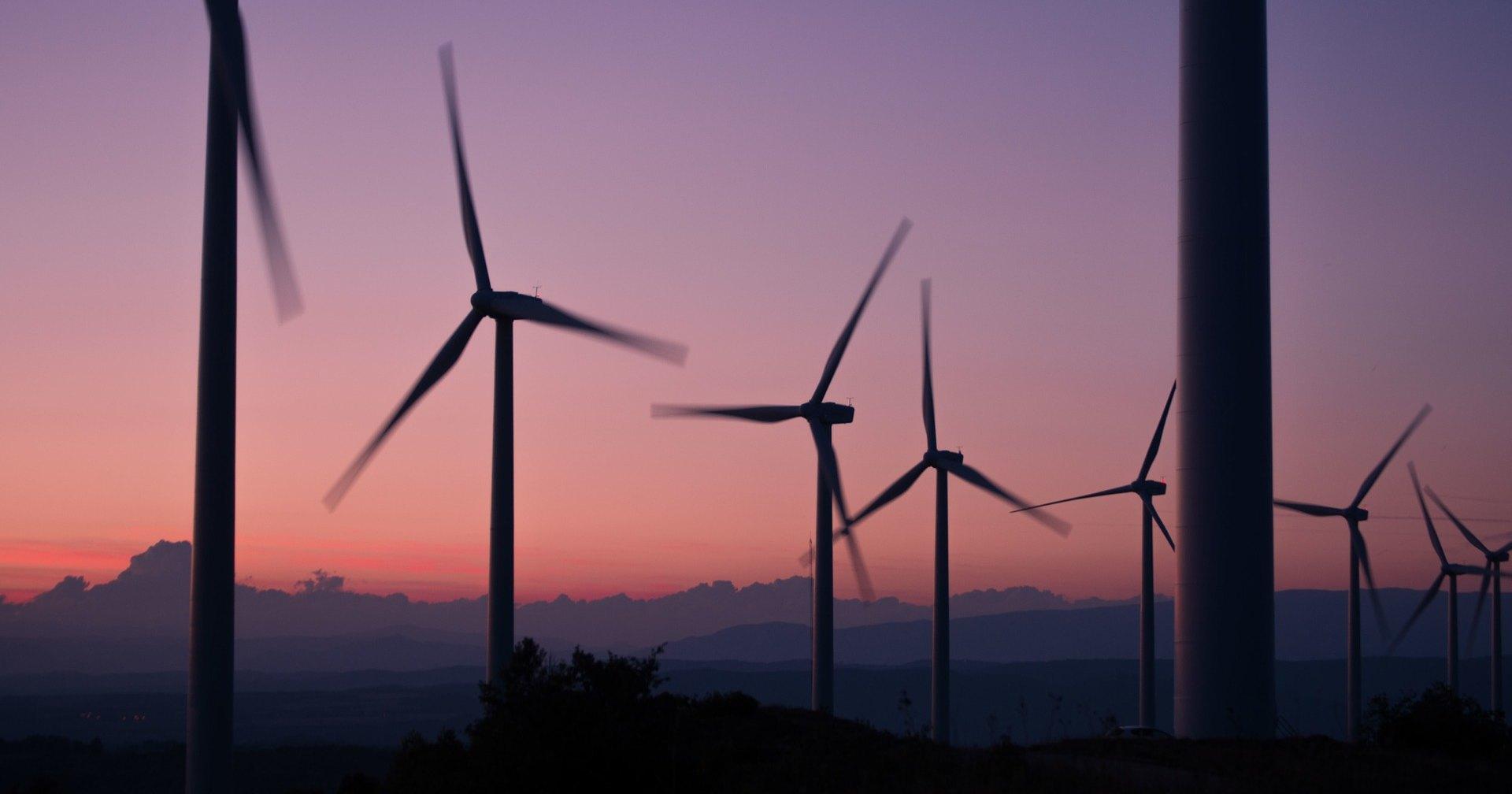 Зеленая  энергия стала выгоднее ископаемого топлива - 1