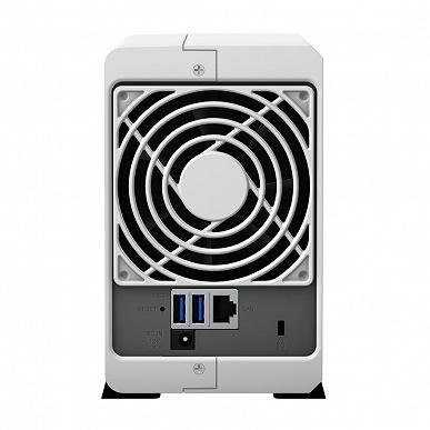 Хранилище с сетевым подключением Synology DiskStation DS220j вмещает два накопителя
