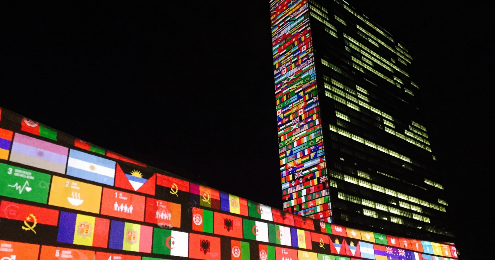 Штаб-квартиру ООН закрыли на карантин, сотрудников распустили по домам