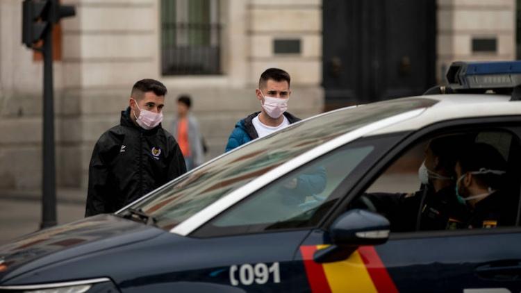 В Испании используют беспилотники для оповещения населения о мерах против коронавируса