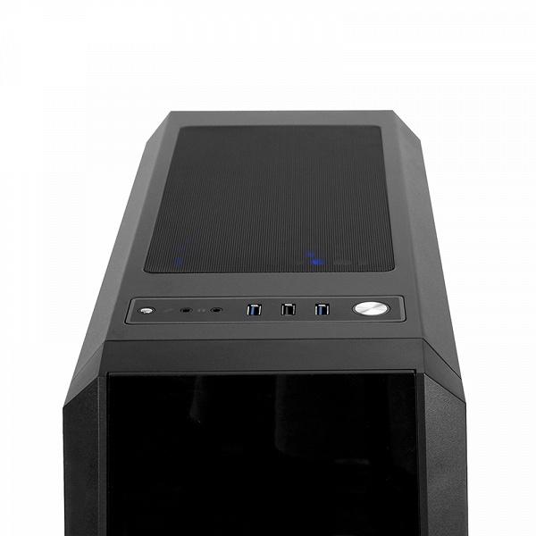 Корпус Chieftec Scorpion 3 укомплектован четырьмя вентиляторами с подсветкой ARGB