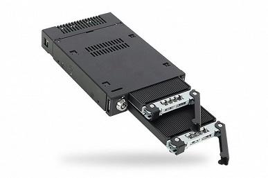 Icy Dock ToughArmor MB834M2K-B позволяет установить в отсек для дисковода два SSD типоразмера M.2