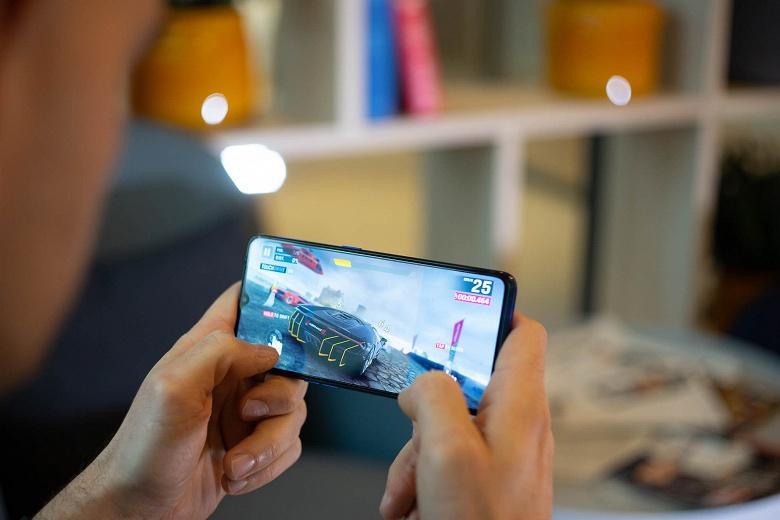 Гроза Xiaomi оказался довольно посредственным музыкальным смартфоном. Realme X2 Pro не помогли стереодинамики