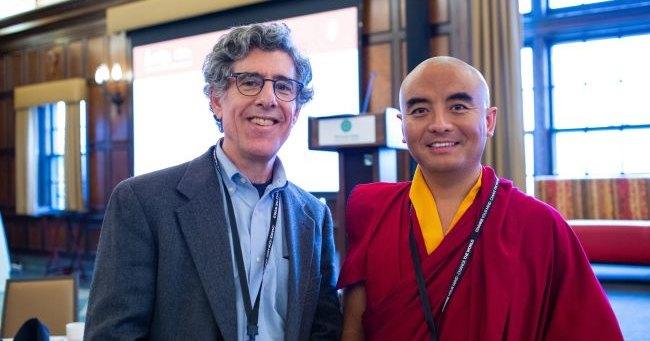 Медитация могла замедлить старение мозга буддийского монаха на 8 лет