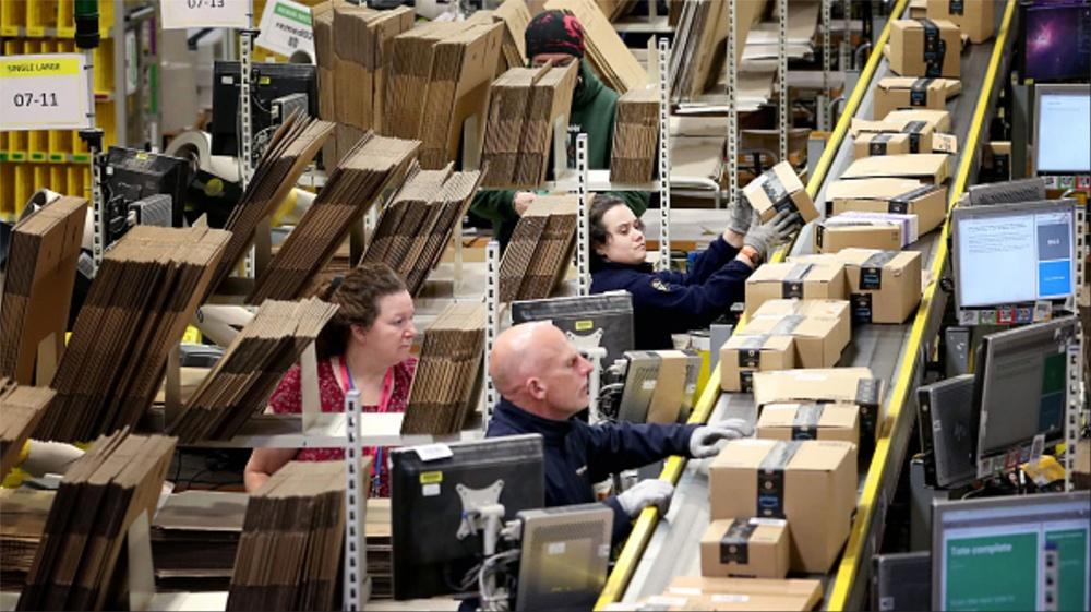Рабочие на складах Amazon бьют тревогу из-за распространения коронавируса - 3