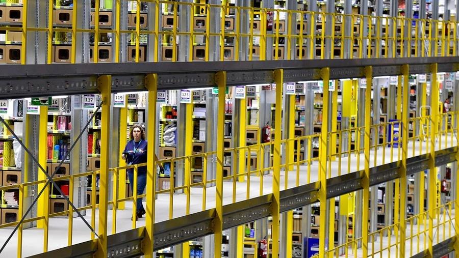 Рабочие на складах Amazon бьют тревогу из-за распространения коронавируса - 5
