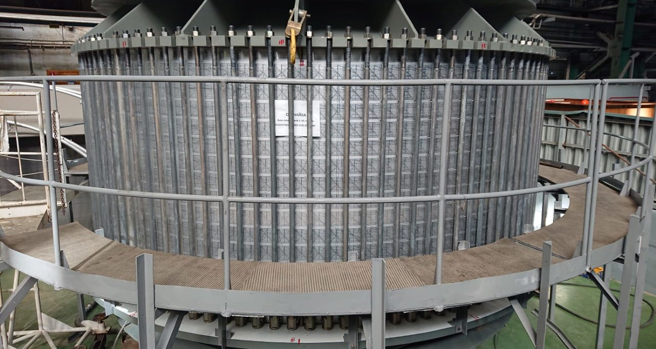 «Роскосмос»  показал внутренности ракеты «Союз-5»