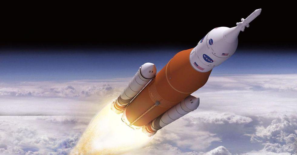 Строительство сверхтяжёлой ракеты NASA выбилось из бюджета и отстаёт от графика - 1