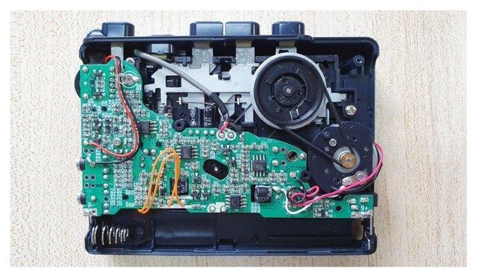 Mystik — портативный кассетный магнитофон, созданный с учетом современных технологий