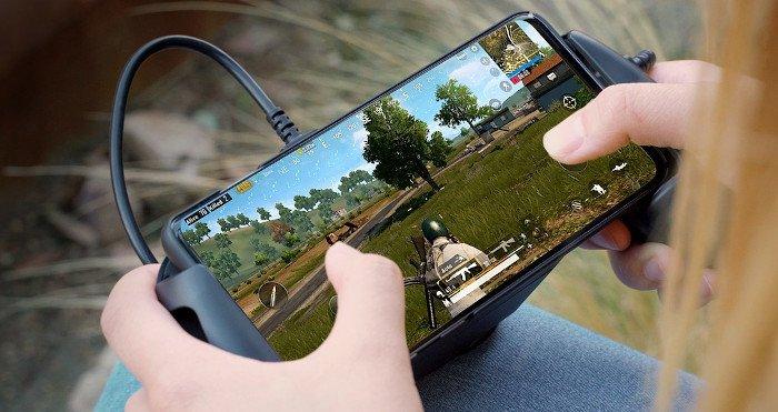 Начались продажи устройства HyperX ChargePlay Clutch for Mobile
