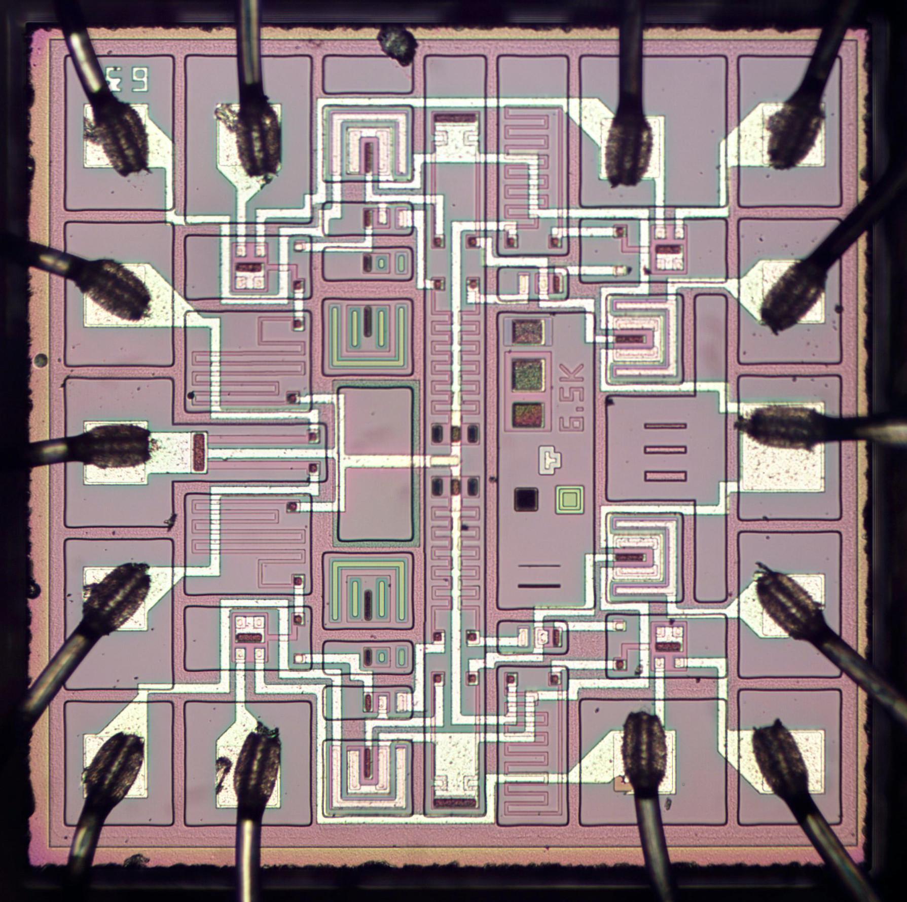 Заглядываем внутрь советской интегральной схемы с ТТЛ - 1