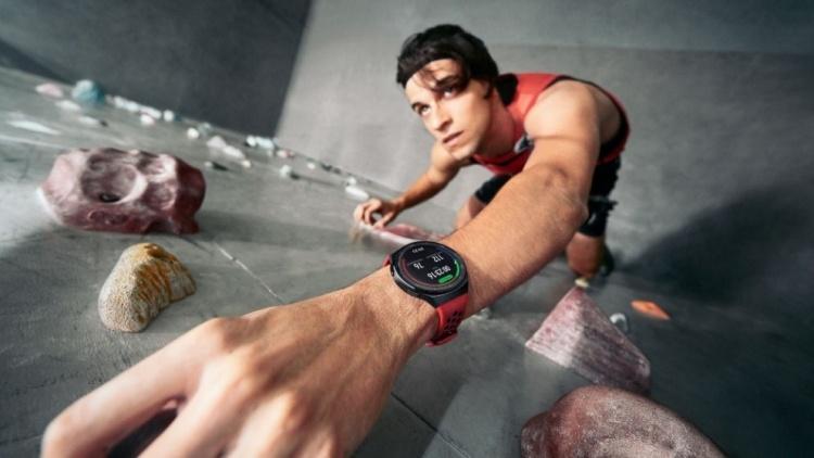 HUAWEI представила смарт-часы WATCH GT 2e с поддержкой 100 режимов тренировок