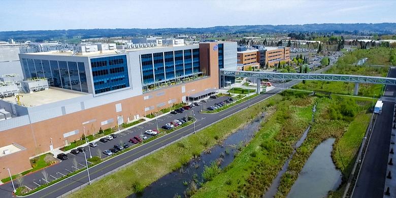 Intel спешит на помощь. Компания выделяет деньги на помощь пострадавшим от коронавируса