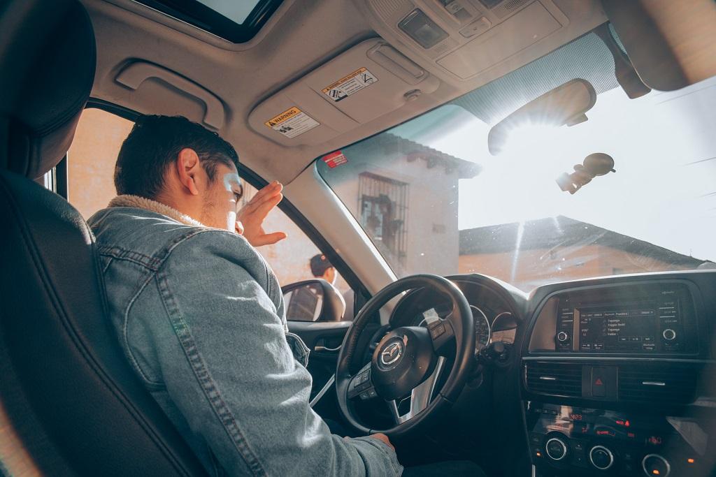 Аккуратнее за рулем: как и почему автомобильные новшества провоцируют ДТП — исследование - 1