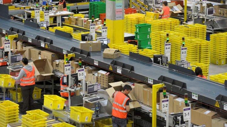 Сотрудники Amazon уже начали выходить на забастовки из-за коронавируса